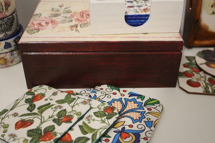 Owocowo-folkowe podkładki i różane pudełko