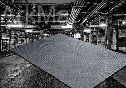 Heavy Duty Large Rubber Gym Mat Commercial Flooring 18mm Garage Flooring Natural Ark Rubber and Resin Ltd https://www.amazon.co.uk/dp/B00H9DXV48/ref=cm_sw_r_pi_dp_Bp8fxbW3VATY1