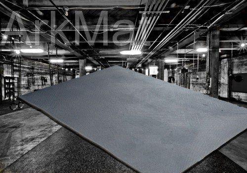 Heavy Duty Large Rubber Gym Mat Commercial Flooring 18mm Garage Flooring Natural Ark Rubber and Resin Ltd https://www.amazon.co.uk/dp/B00H9DXV48/ref=cm_sw_r_pi_dp_Bp8fxbW3VATY1