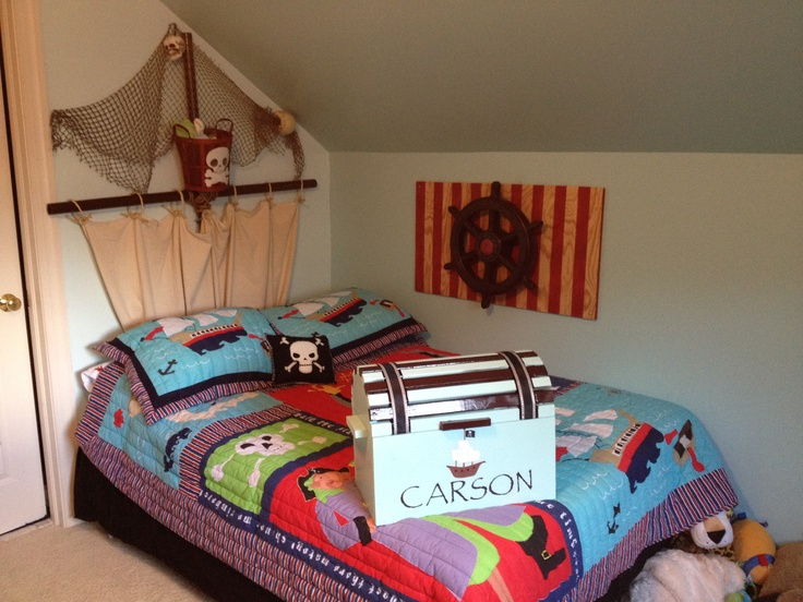 carsons pirate room fully equipped with spinning ships wheel