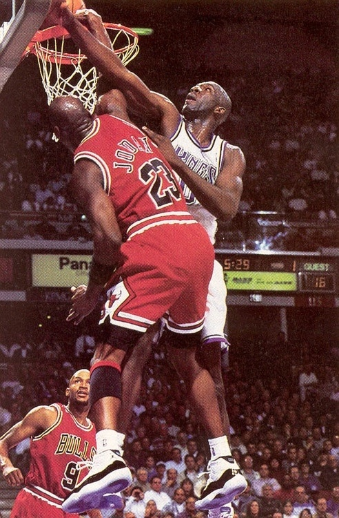 Michael Jordan Chicago Bulls Olden Polynice Sacramento Kings Ron Harper