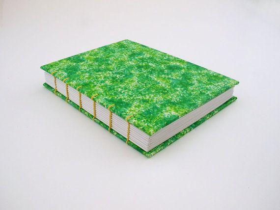 Cuaderno verde pequeño, libreta hecha a mano, cuaderno con hojas blancas, libreta de pasta dura, material reciclado, diario