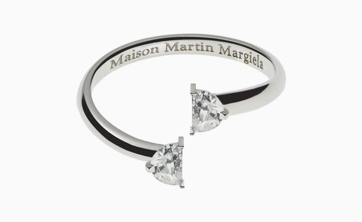 Contemporary jewels by Maison Martin Margiela – Nombre — Art, Fashion and Aesthetics in the 21st century