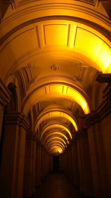 Melbourne GPO tonight, 28 May 13