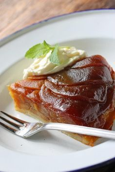Ülker İçim - İçimden Yemek Geldi | Tarifler - Tarte Tatin (Fransız usulü elmalı tart)