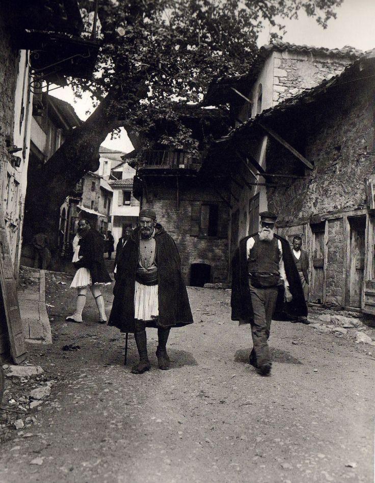 Andritsaina, 1903 - Fred Boissonnas