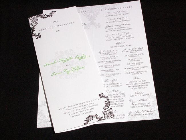 Nice wedding program plus tips on what it should include