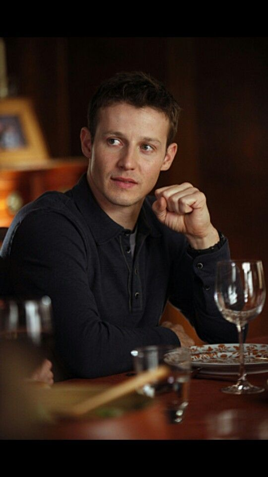 Will Estes aka Jamie Reagan. I loved him in that show