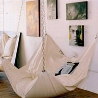 I want a chair or one like this that hangs from the ceiling or such and is really nice and comfy