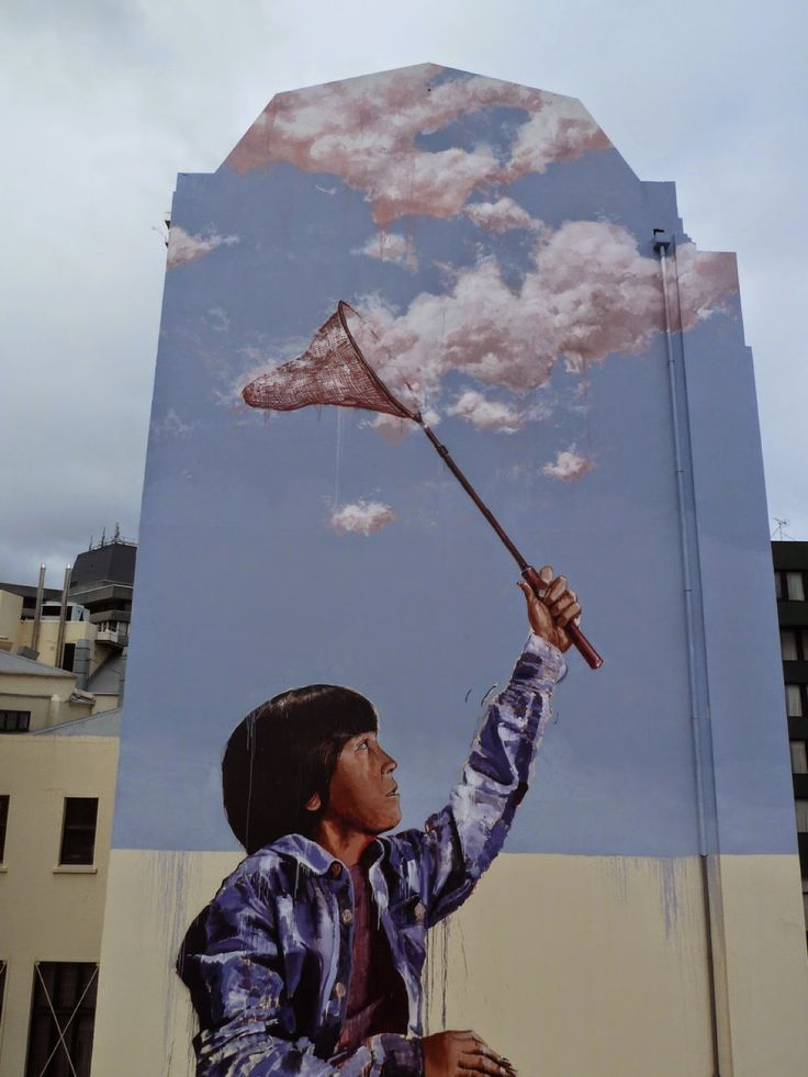 Fintan Magee creates a new mural in Dunedin, New Zealand