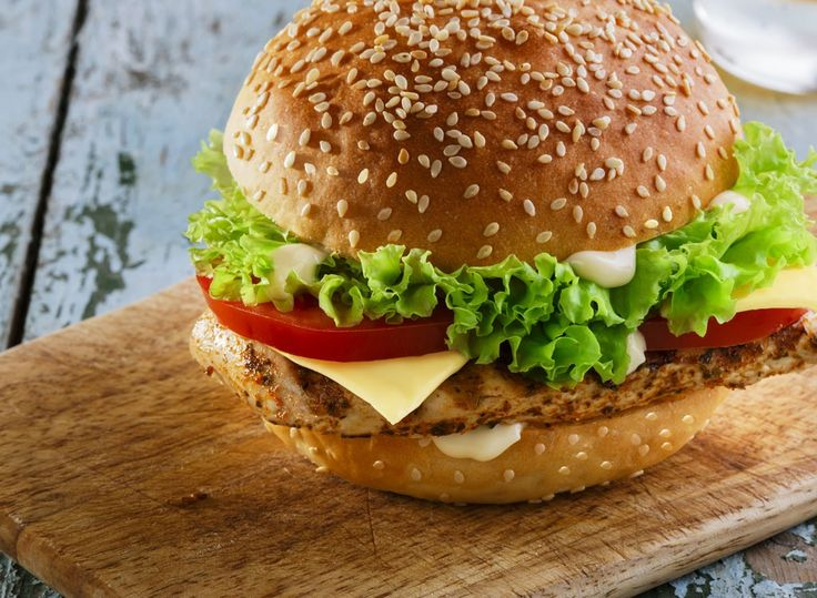 In a pinch and can't cook? These delicious, high-protein foods from America's top fast food chains can help you lose stomach fat and gain muscle.