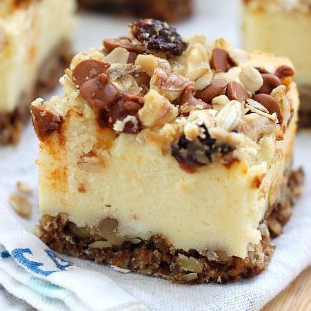 Oatmeal raisin cookie cheesecake bites