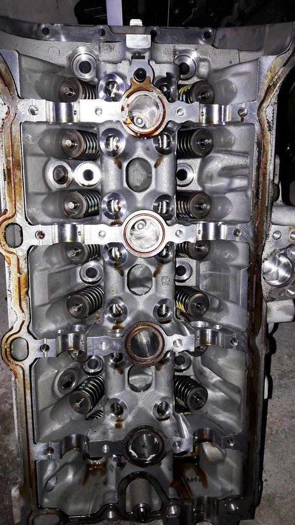 Engine cylinder head 06k403m audi q5 tt vw volkswagen golf