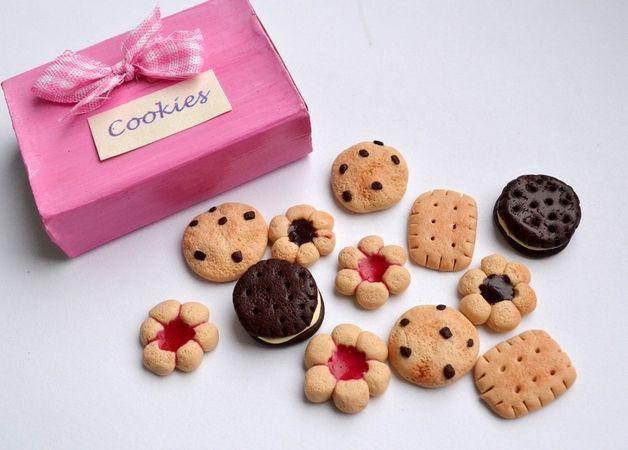 Zestaw dla lalek - słodkie ciasteczka w pudełeczku - byKokita - Rękodzieło dla dzieci