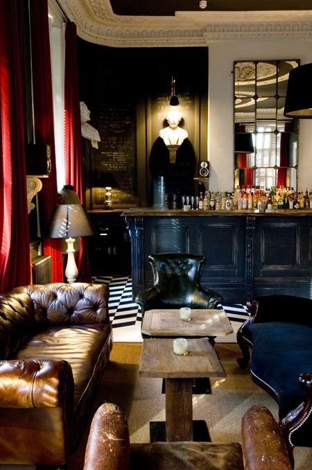 The perfect 'members club' look. This will be my 'drinking room' one day.