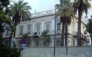 "1895 ~ ""Petit Palais"" (Ιταλική Πρεσβεία). Αρχιτέκτων Ernst Moritz Theodor Ziller. (Λεωφόρος Βασιλίσσης Σοφίας & Σέκερη 2. Αρχικά οικία του επιχειρηματία Στέφανου Ψύχα. Μετά κατοικία του Πρίγκηπα Νικολάου. Σαν Petit Palais παράρτημα της 'Μεγάλης Βρετάνιας'."