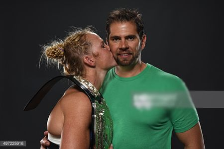 Holly Holm married to husband Jeff Kirkpatrick: Happy couple: No divorce