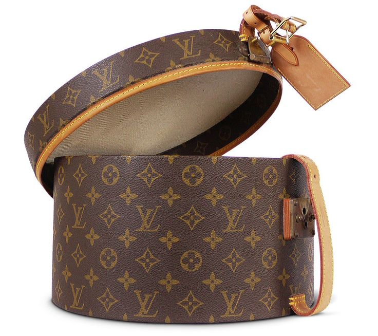 If I had one of those big beautiful walk in closets, I would have one of these just for fun! Vintage Louis Vuitton Monogram Canvas Boite Chapeaux Hat Box