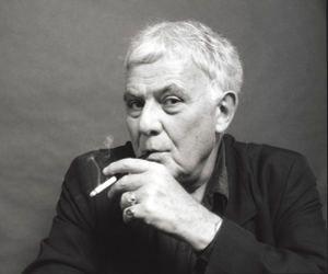 La biographie de Philippe SOLLERS, les citations de Philippe SOLLERS ainsi que toutes les oeuvres de Philippe SOLLERS. Un profil complet de l'auteur de littérature (Philippe SOLLERS)