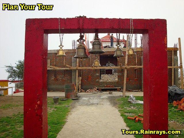 Tourist Attraction India: Surkanda Devi Temple Mussoorie