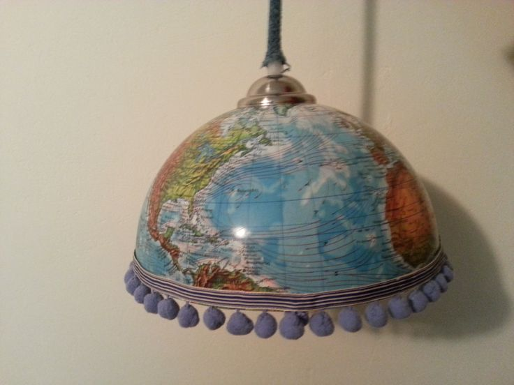 Ceiling light with a half globe