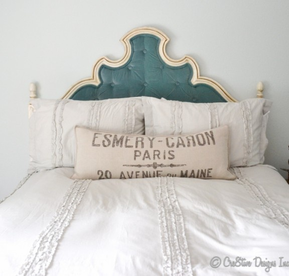 .I like the French feed bag pillows for the rustic look, I said the beds must look so comfy you want to sink into them, a feather bed and pillows and blankets a must, crisp white is needed!: Diy'S, Color, Tufted Headboards, Diy Headboards, Cre8Tive Designs, Diy Tufted, Bedrooms, Bedroom Ideas