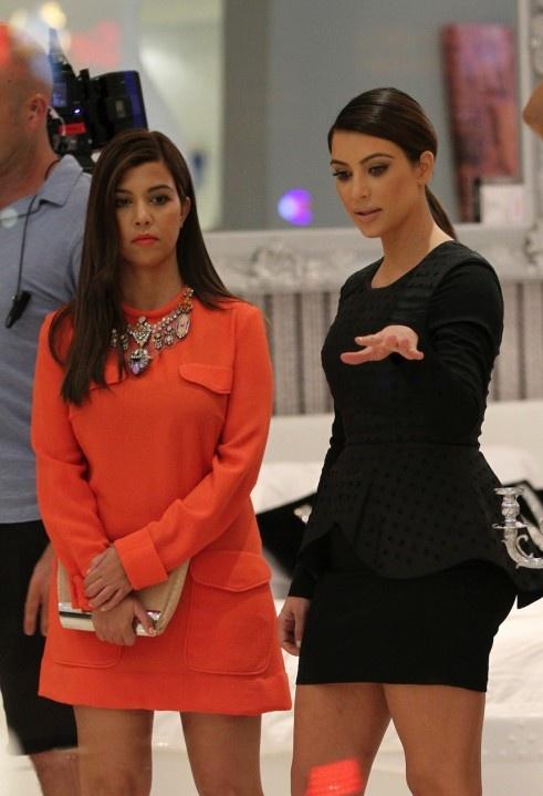 148 best kardashian jenner style images on pinterest for Where do the kardashians shop for furniture