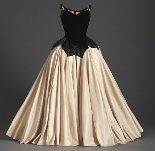 """Petal"" ball gown by Charles James, 1951"