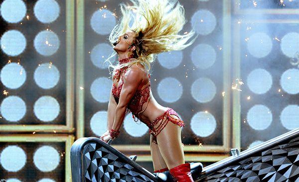 2016 Billboard Müzik Ödülleri Kırmızı Halı ve Şov - Hep Moda Magazin
