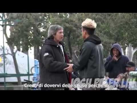 Regala 100 euro a un senzatetto e lui cosa fa? scopritelo..... - YouTube