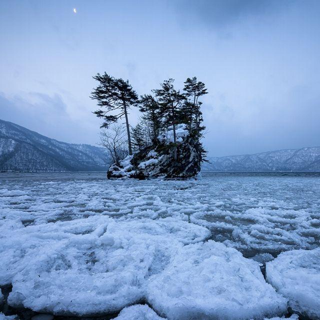 Il lago #Towada ghiacciato