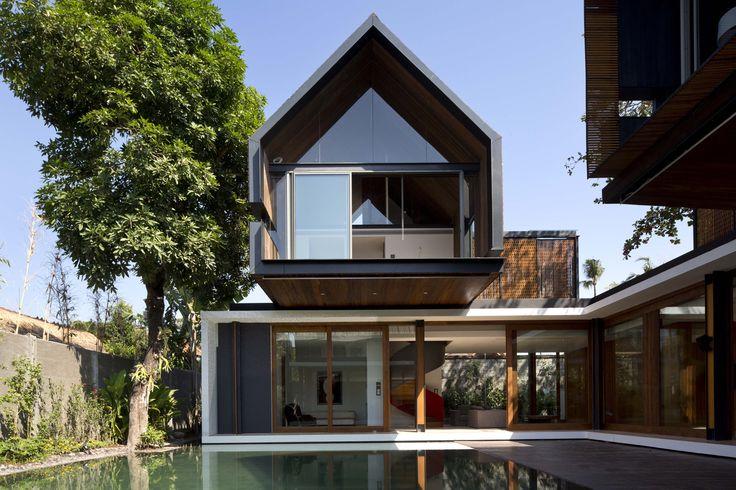 Gallery - Svarga Residence / RT+Q Architects - 1