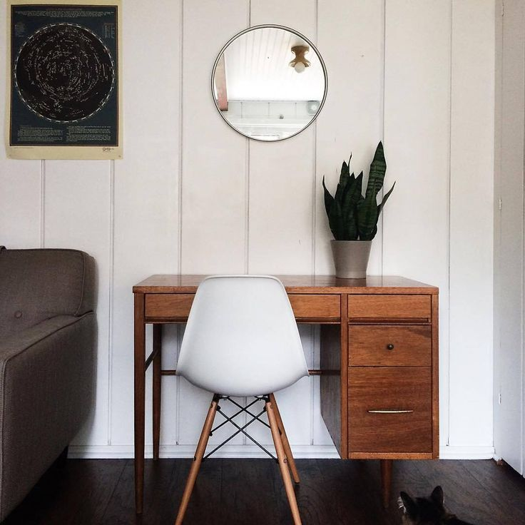 Little desk love #alabaxfixture #grantmirror #schoolhouseelectric (via @sarahcabalka) / Shop our feed - link in profile