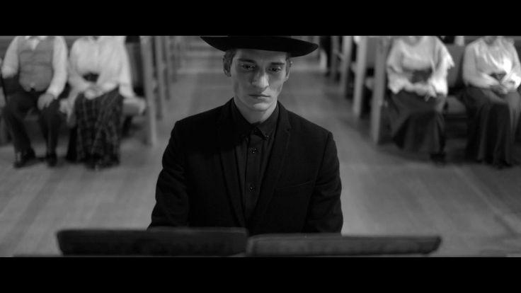 Woodkid - I love you;    Beautiful cinematography, beautiful voice