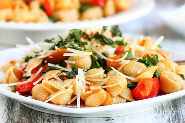 Smoky Tomato, Roasted Red Pepper and Arugula Pasta