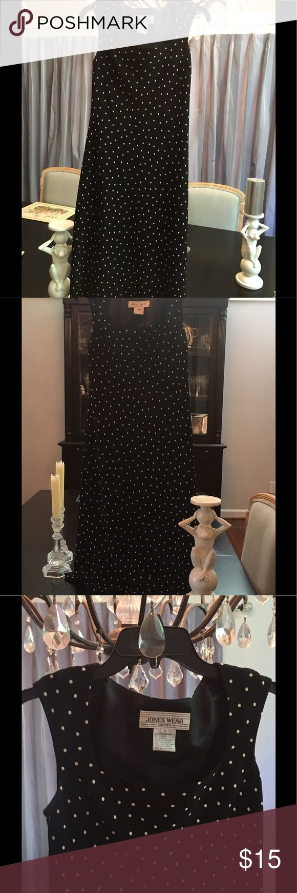 "EUC Jones polka dot black & white summer dress Just dropped the PRICE ‼️ Such a nice , high quality long dress. This is a very neat and flattering cut design. I am 5'8"" and it falls mid chin on me. Lined and from a clean smoke free home Jones wear Dresses Maxi"