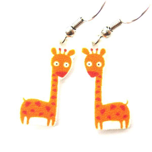 giraffe-small-animal-illustration-dangle-earrings-handmade-shrink-plastic