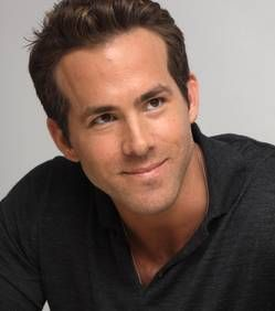 Ryan Reynolds : bientôt de retour sur les plateaux avec Sandra Bullock ?