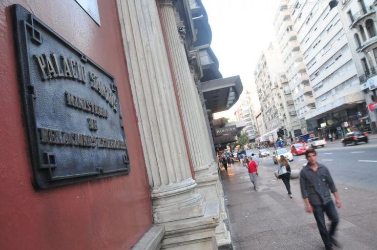 Montevideo, Palacio Santos. Ministerio de Relaciones Exteriores.