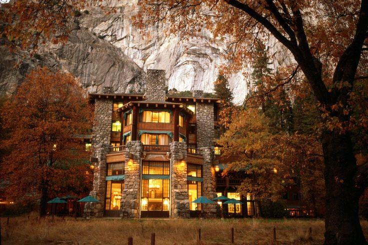 Tour Yosemite's Famous Ahwahnee Hotel