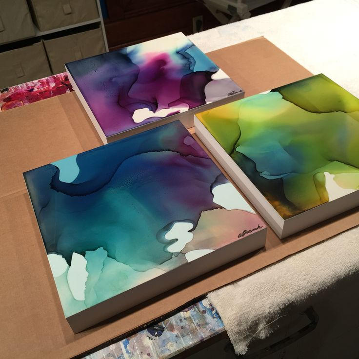 I'm carefully packing up these Colours of Spring for @fwgallery in Baton Rouge…