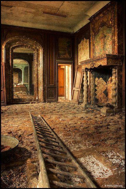 Forgotten Mansion...what a shame