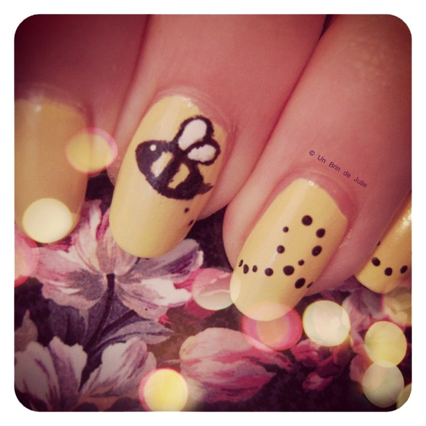 The Sunday Nail Battle #25 - Animals  http://unbrindejulie.blogspot.com/2012/10/the-sunday-nail-battle-25-les-zanimaux.html