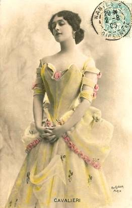 Lina Cavalieri♥ la Belle Epoch, love the sleeve detail!
