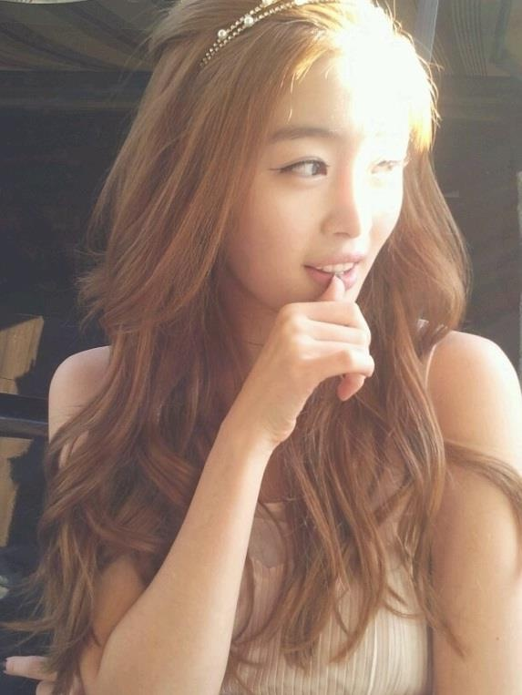 Admirable 1000 Images About Hairstyles On Pinterest Korean Hairstyles Hairstyle Inspiration Daily Dogsangcom