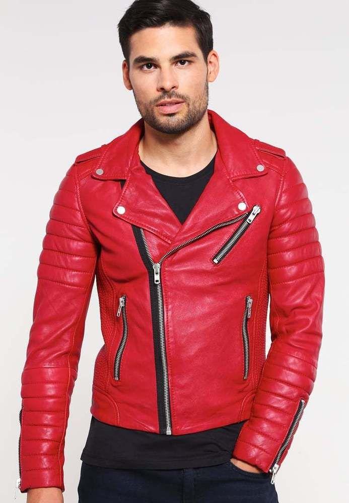 для картинки пацаны в красных куртках отличается наличием теле