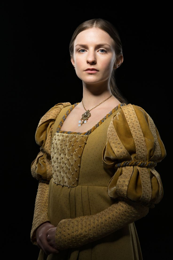 Anne Neville (Faye Marsay)  in THE WHITE QUEEN (2013)