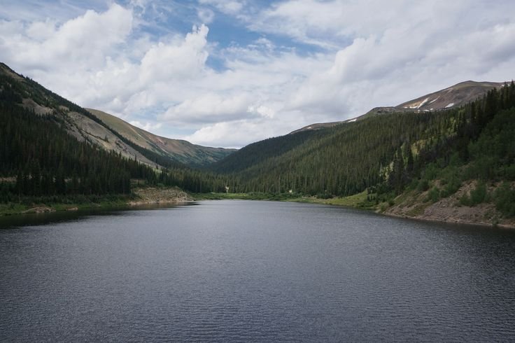 Hassel Lake Directions:  From I-70 exit and travel north on US 40 towards Berthoud Pass and Winter Park.  Turn left at the Big Bend exit and pass by the picnic area.  Just before the Henderson Mine you'll see...