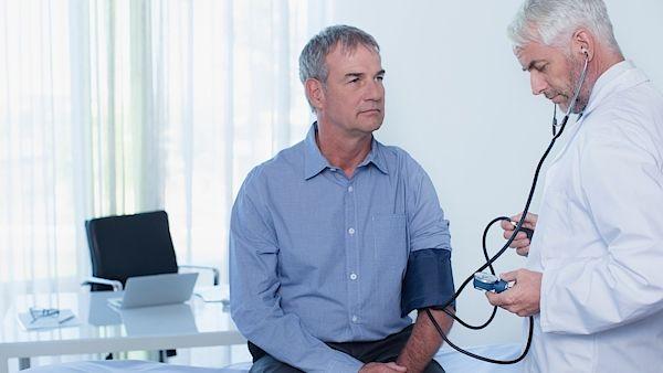 Rohlíky na angínu nebo mast na zlomeninu. Pacienti podávají stovky stížností na lékaře