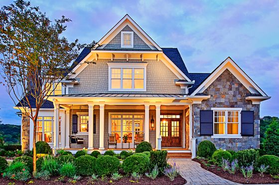 FRANK BETZ - I LOVE THIS PLAN! House Plan 927-5 - http://www.houseplans.com/plan/3878-square-feet-4-bedroom-5-5-bathroom-3-garage-craftsman-country-40443
